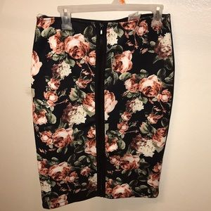 Floral zip up skirt